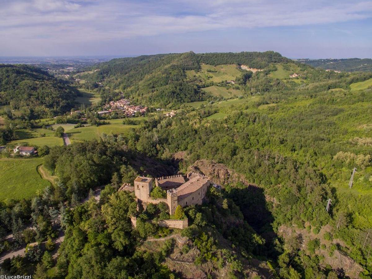 Gropparello (PC), veduta del borgo-Gropparello (PC), veduta del borgo, ph. LucaBrizzi-CC BY-NC-SA 3.0
