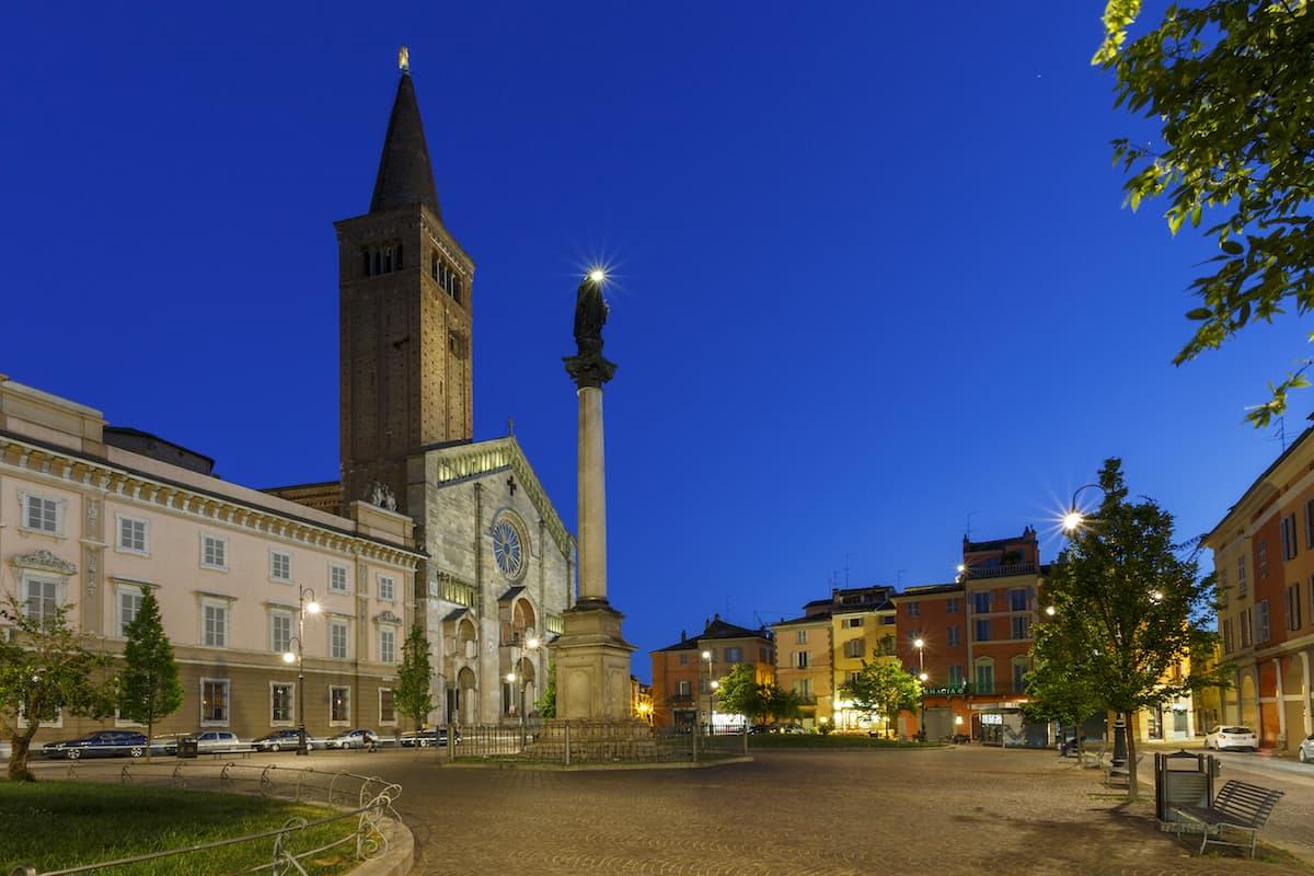 Piacenza, Piazza Duomo-Piacenza, Piazza Duomo, ph. mario carminati, WLM2017-CC BY-SA 4.0