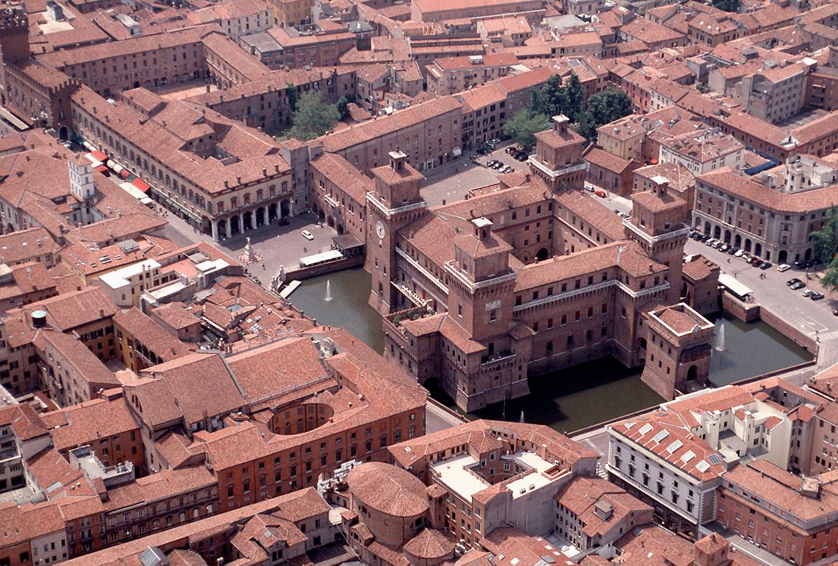 Ferrara, Castello Estense-Ferrara, Castello Estense, ph. baraldi, Archivio Provincia di Ferrara-CC BY-NC-SA 3.0