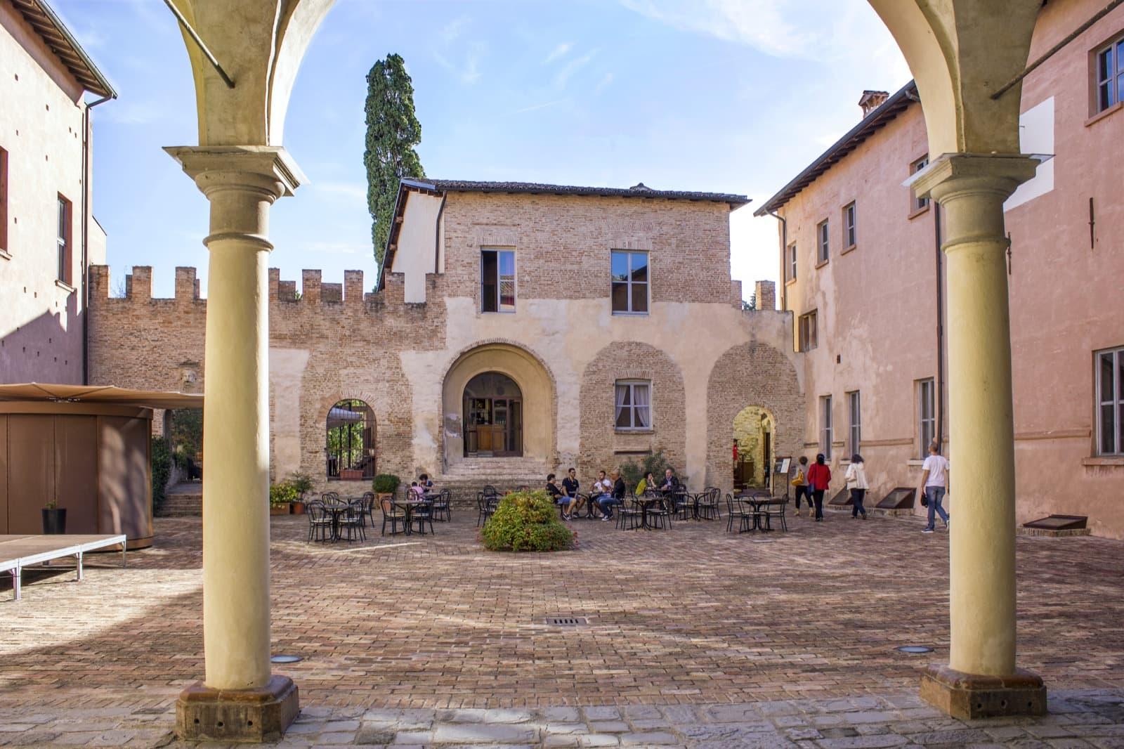 Fiorano Modenese (MO), Castello di Spezzano-Fiorano Modenese (MO), Castello di Spezzano | Ph. Ovikovi WLM2017-CC BY-SA 4.0