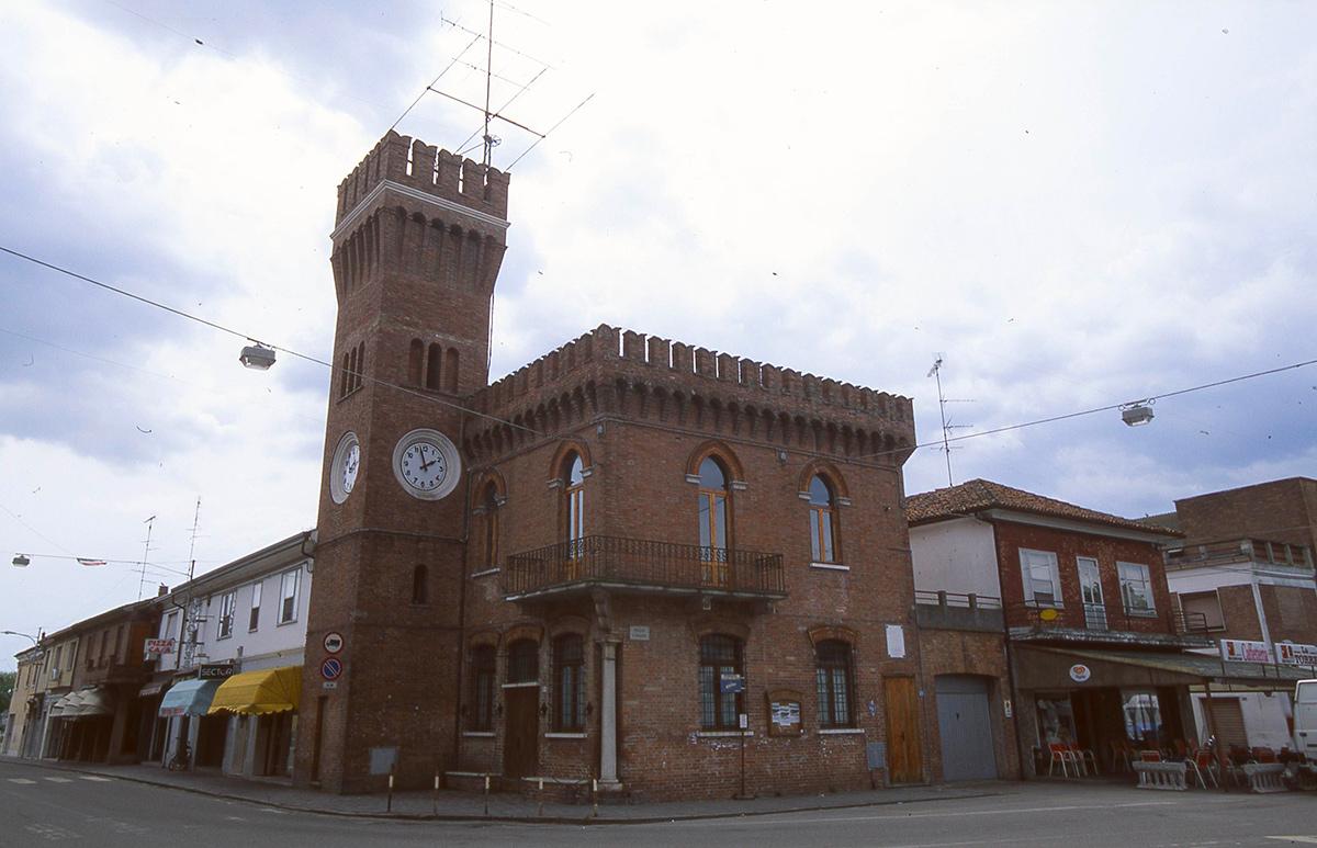 Lagosanto (FE), Torre Orologio, Ph. Provincia Ferrara CC_BY_NC_SA-Lagosanto (FE), Torre Orologio, Ph. Provincia Ferrara-CC BY-NC-SA 3.0