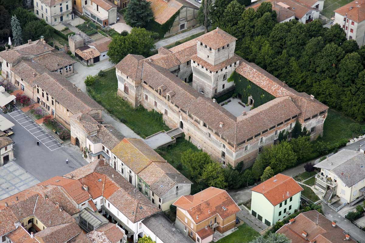 roccabianca (PR), castello di roccabianca-roccabianca (PR), castello di roccabianca, archivio.castellidelducato.it-CC BY-NC-SA 3.0